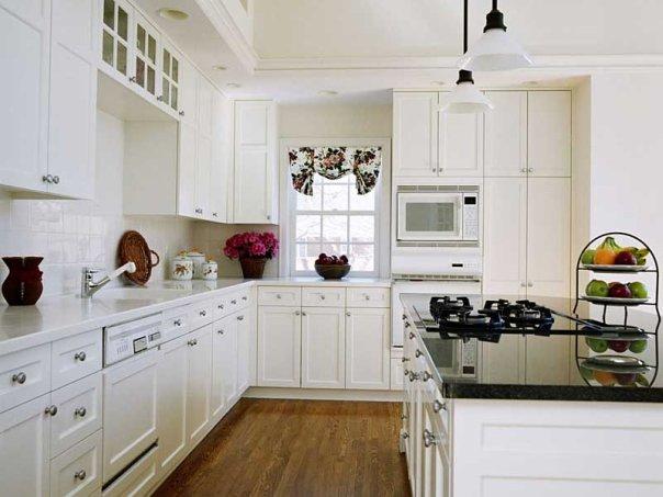 Как устранить на кухне неприятные запахи от чеснока, рыбы и табака?
